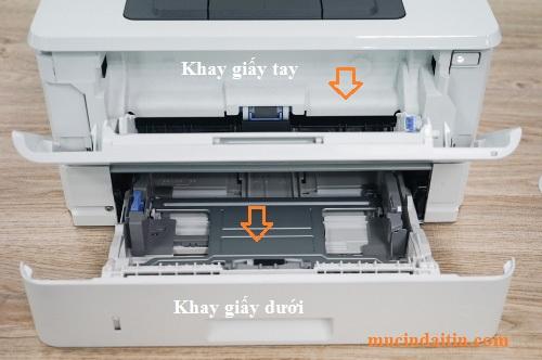 Khay bỏ giấy vào máy in để in